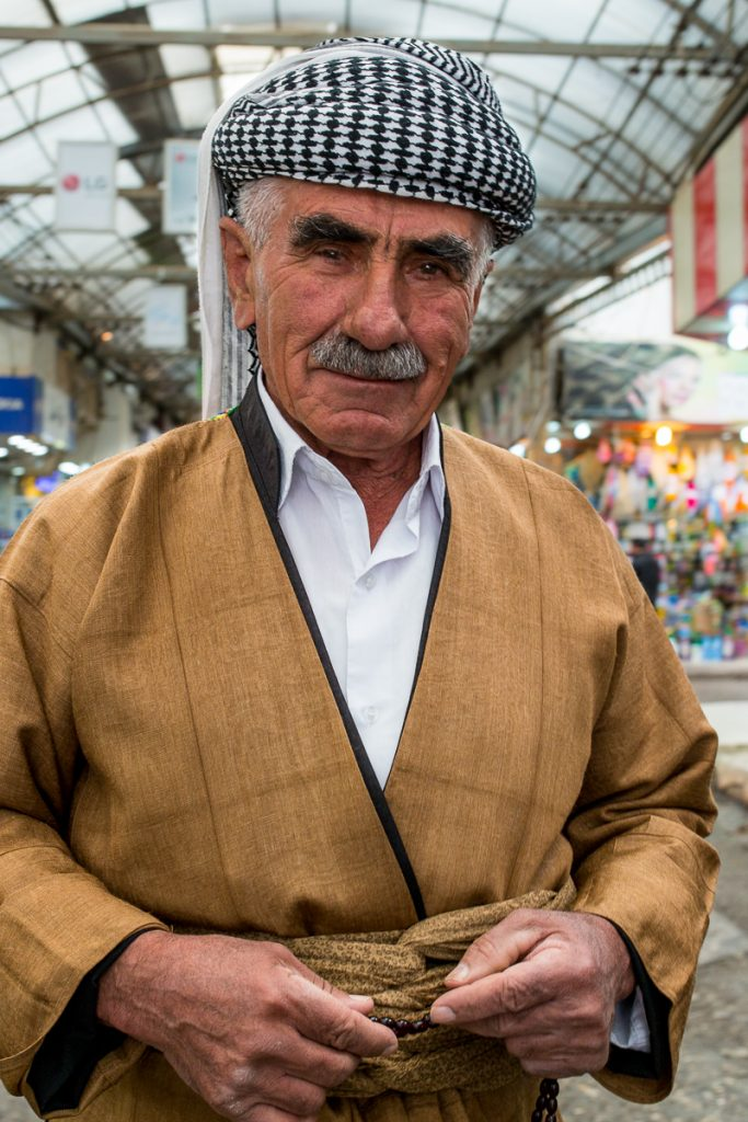 A man dressed in traditional kurdish clothes in Duhuk / Dohuk, Iraqi Kurdistan