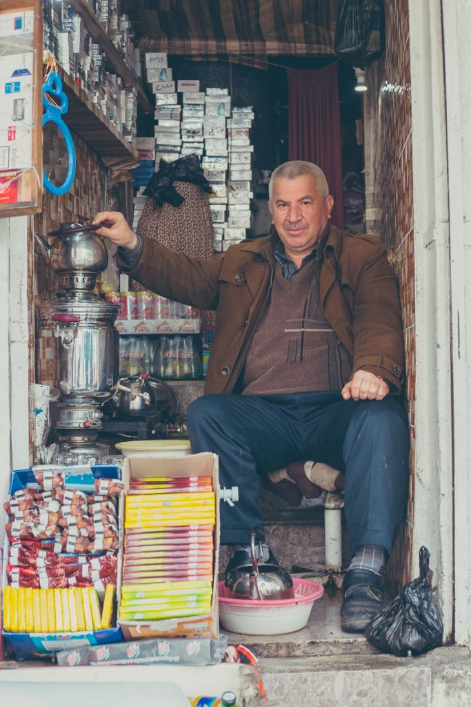 A tea seller at the Bazaar in Duhuk / Dohuk, Iraq