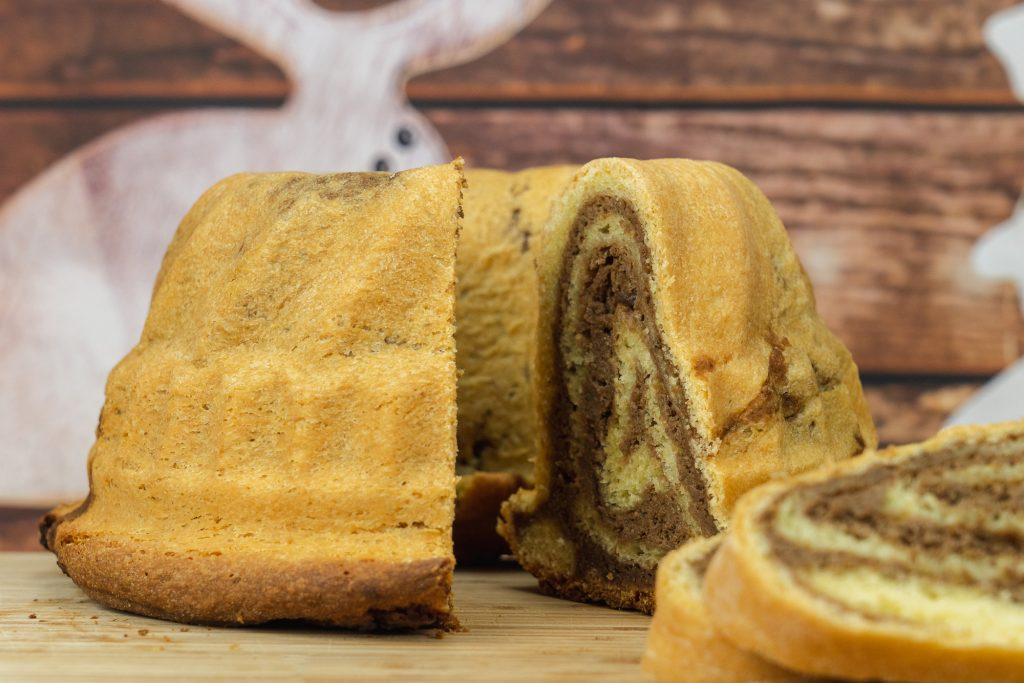Recipe for the traditional Slovenian Walnut cake (Potica)