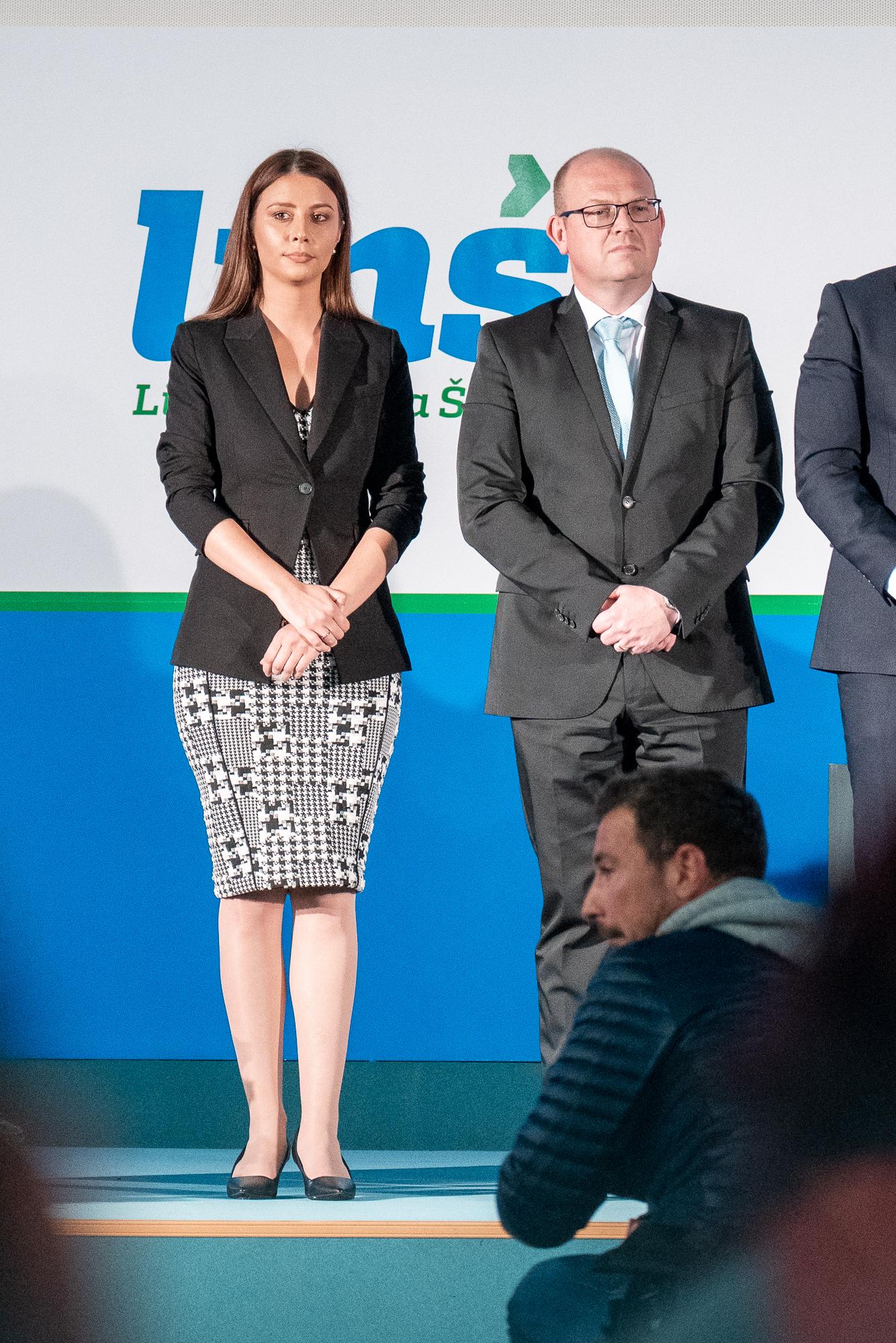 Irena Joveva and dr. Klemen Grošelj on the stage on the Fifth Congress of Lista Marjana Šarca in Trbovlje